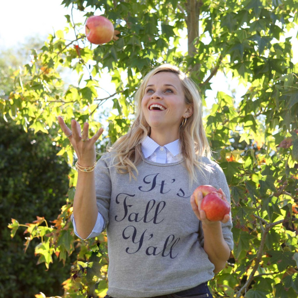 Reese-Apples-Juggle