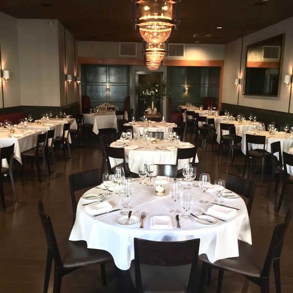 full-dining-room-shot2