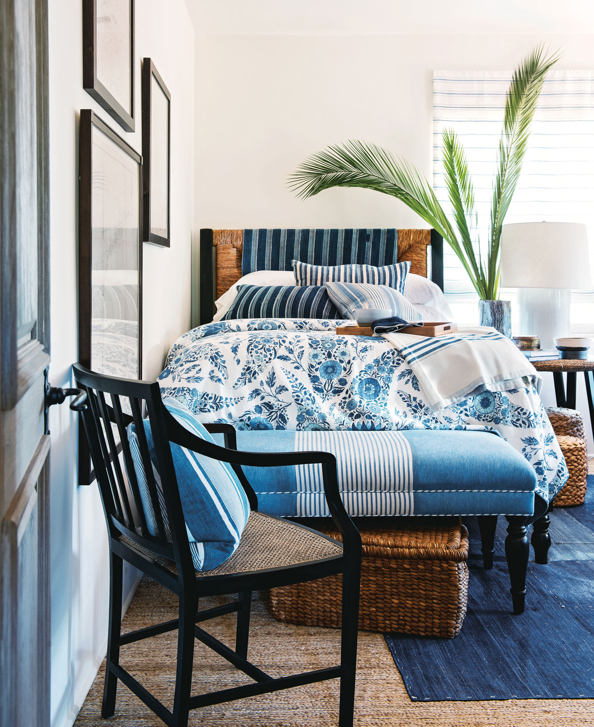 Baby Boy Bedroom Colors Contemporary One Bedroom Apartment Design Navy Blue Bedroom Paint Boy Kid Bedroom Furniture: DJ Reads: Beautiful By Mark D. Sikes