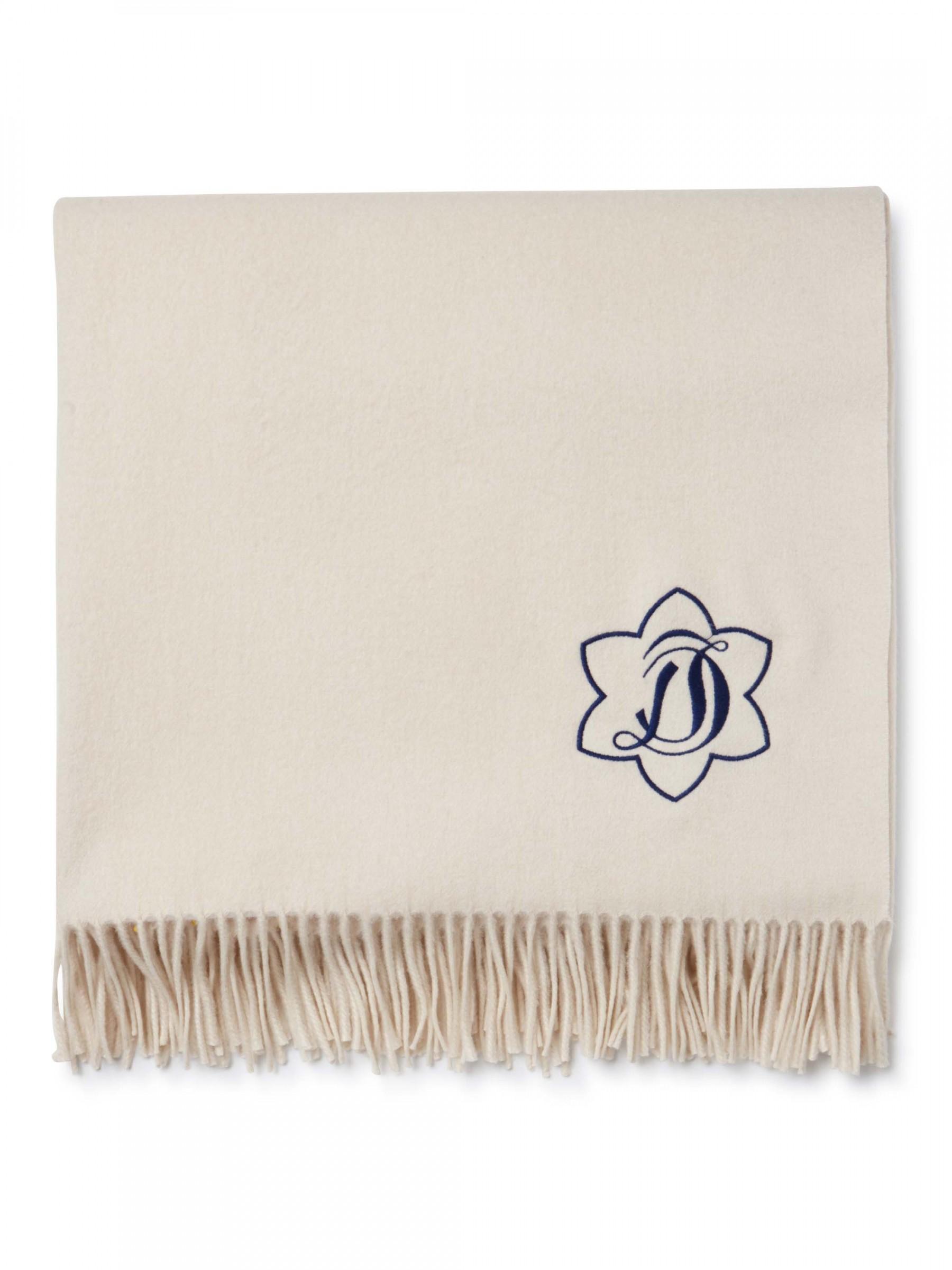 tx0001_magnolia_white_1_10