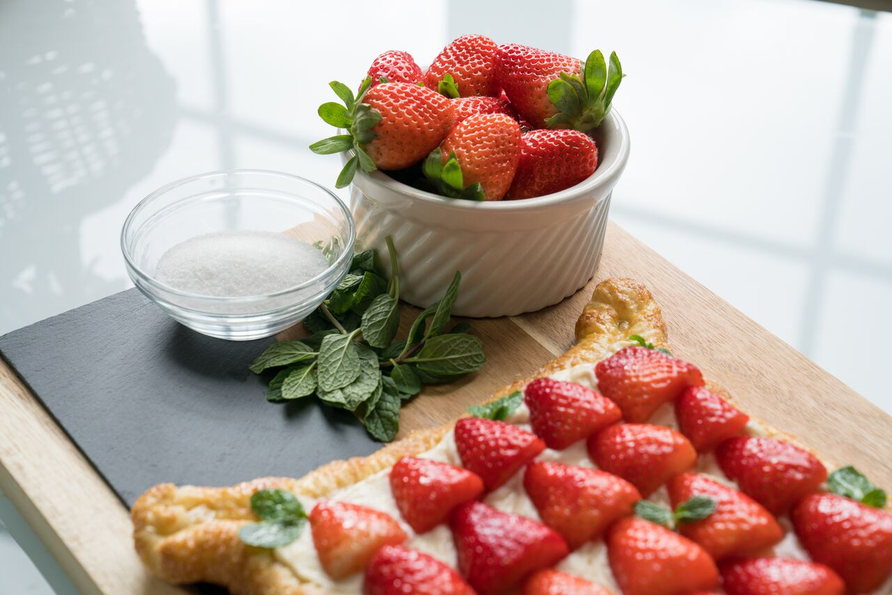 strawberry puff pastry tart recipe